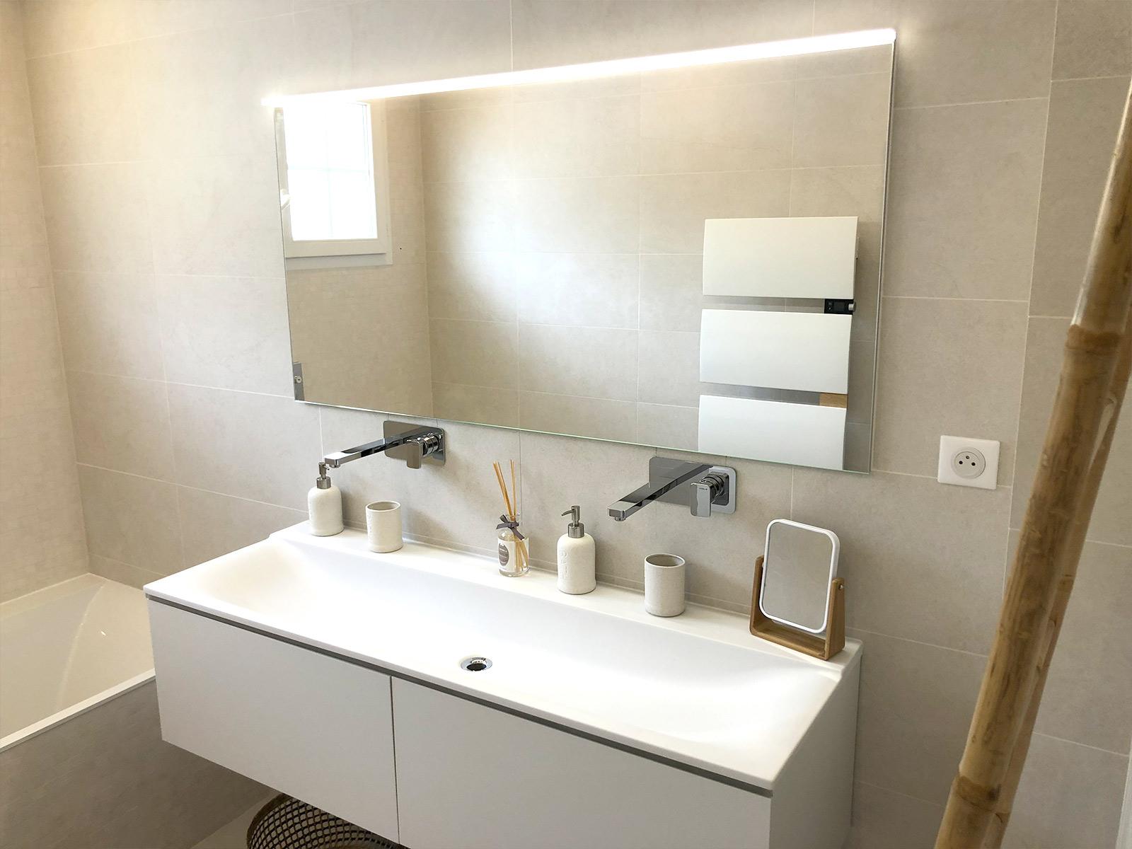 Double lavabo & grand miroir